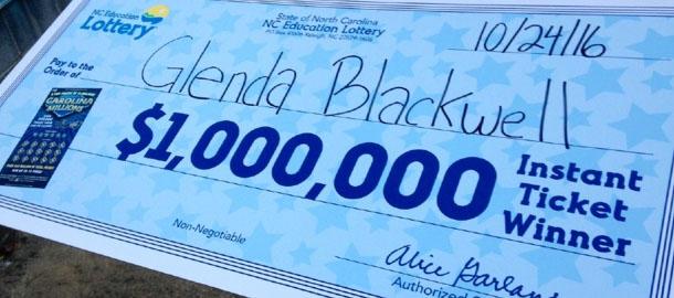 Amerikaanse vrouw wil bewijzen dat loterijen geldverspilling zijn en wint 1 miljoen